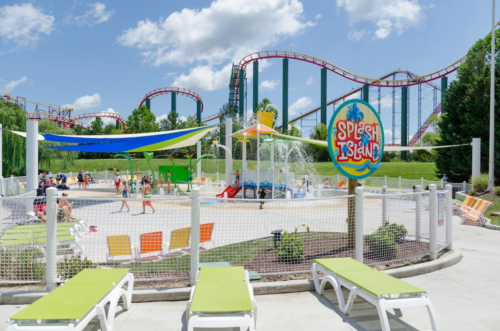 Vortex Aquatic Structure - Waterparks and Amusement Parks